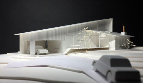 外観模型―シャープな屋根ライン―