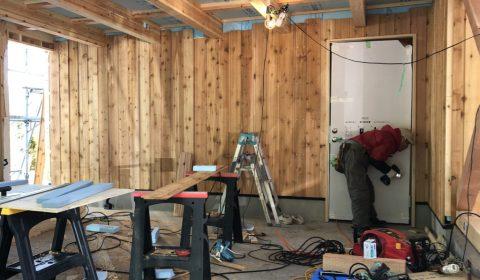 木工事すすむ   ー応援大工を迎えてー